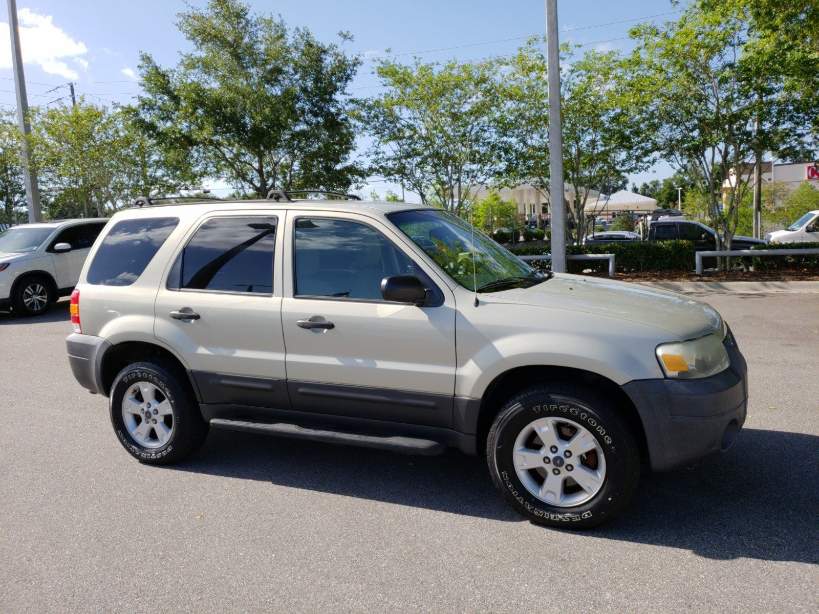 Pre Owned 2005 Ford Escape Xlt