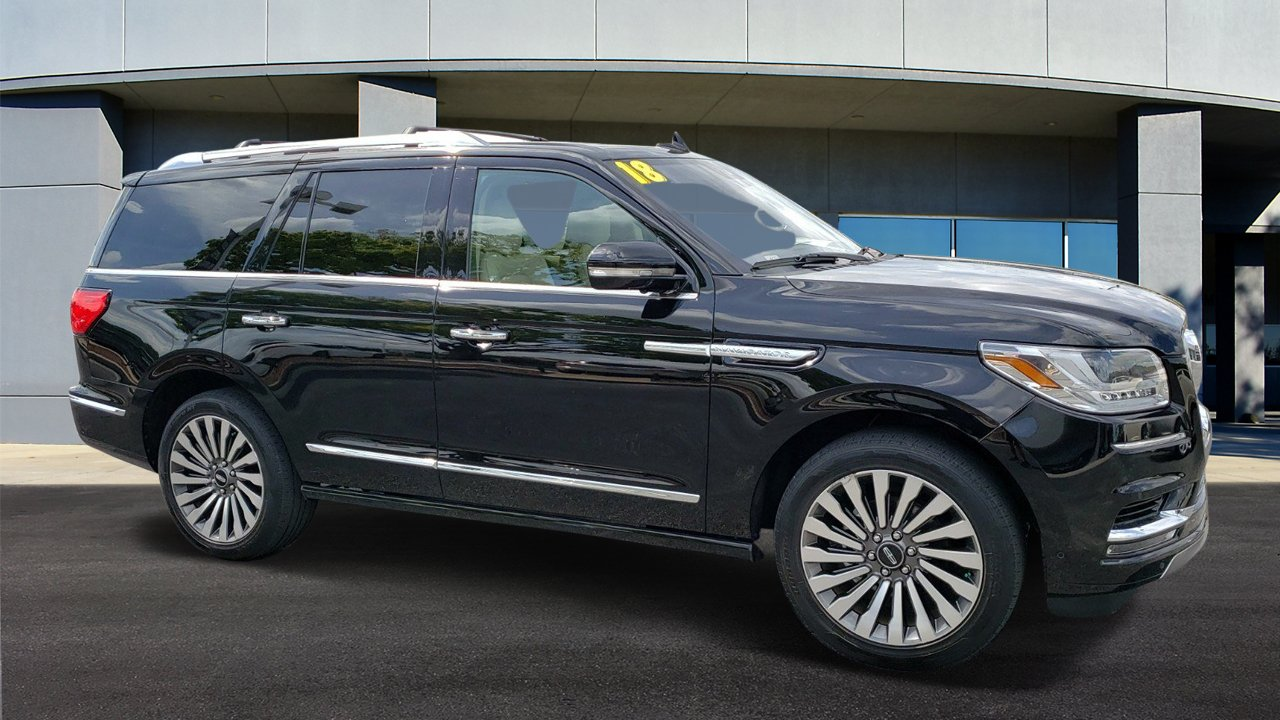 Pre-Owned 2018 Lincoln Navigator Reserve
