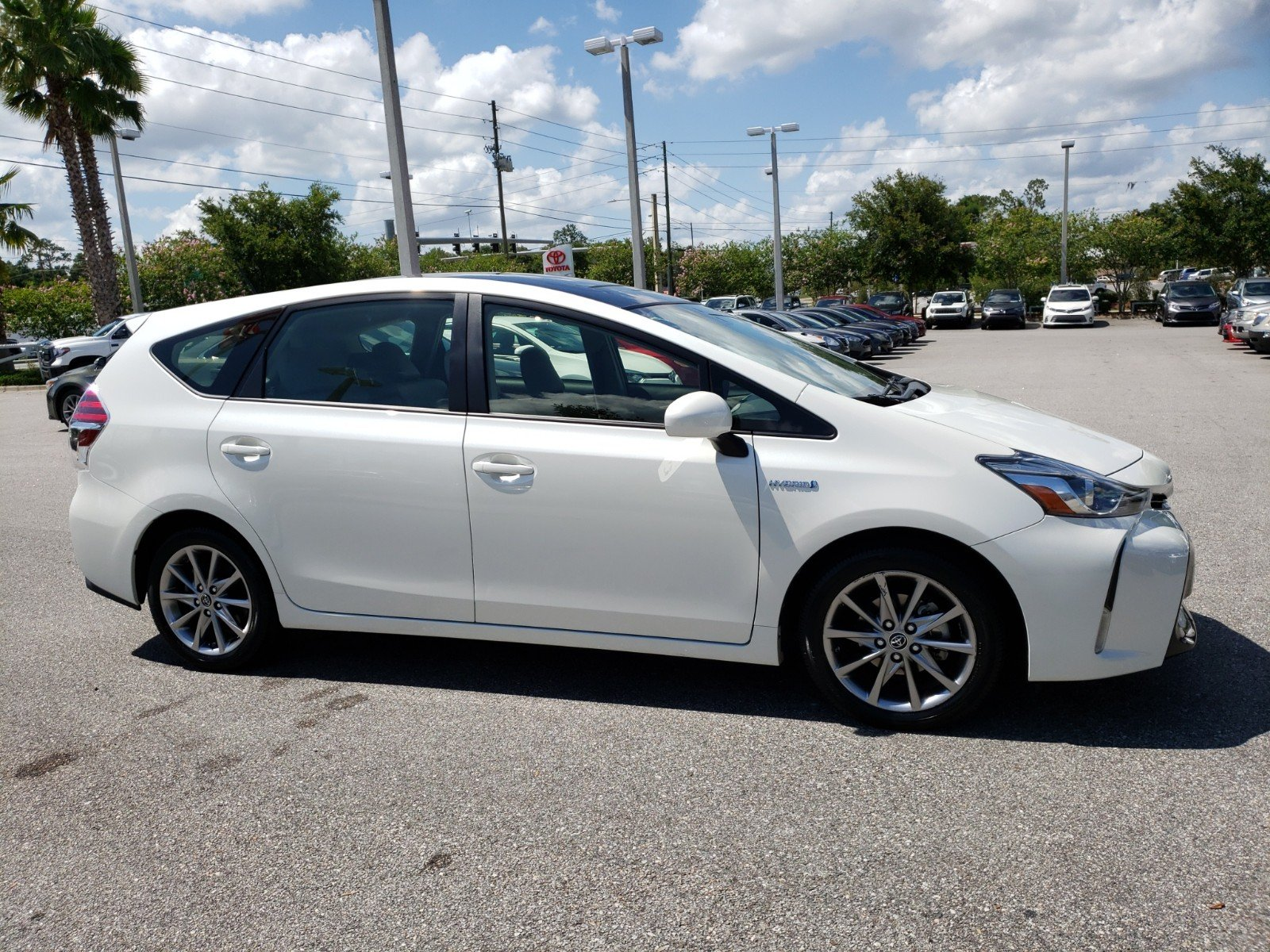 Pre Owned 2016 Toyota Prius V Five