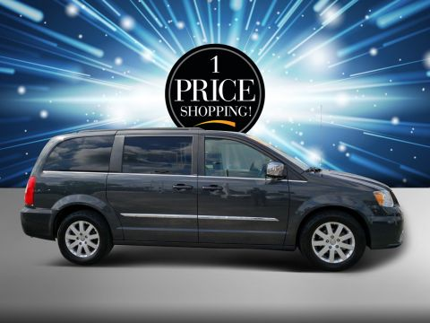 Pre-Owned 2011 Chrysler Town & Country Touring-L